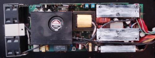 блок питания SPX-6500P1Z сервера GS-SR125E со снятой крышкой