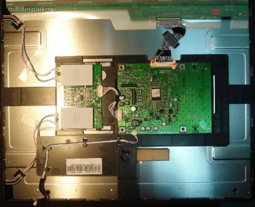 вид сзади разобранного монитора Samsung SyncMaster 960bf