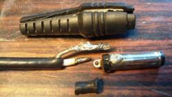 Разрезаем и распаиваем штекер блока питания Lite-on PA-1900-34