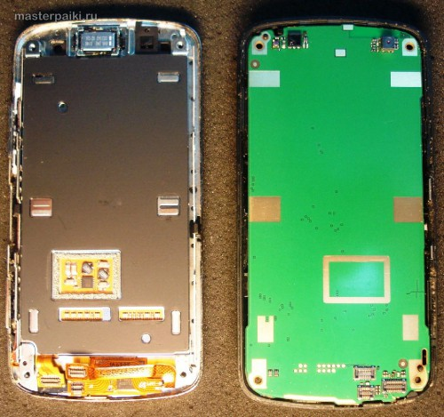 разделяем сотовый телефон Nokia С6-01.3(RM-718)