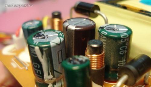 поменянный кондер монитора LG L1530S