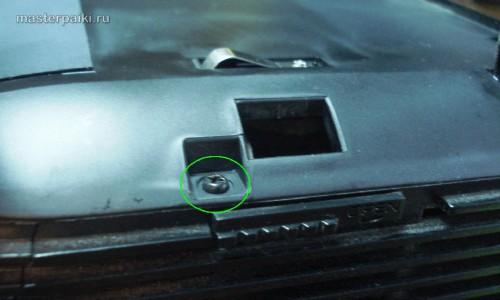 откручиваем верхнюю крышку DLP проектора Acer DNX0811