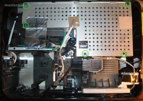 откручиваем экран платы DLP проектора Acer DNX0811