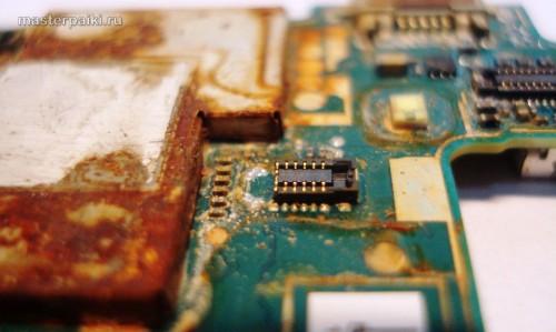 отгнил разъем смартфона Sony Ericsson Xperia Arc S LT18i
