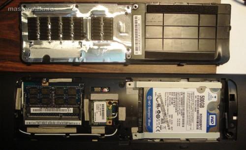 снимаем нижнюю крышку ноутбука Acer Aspire 5750