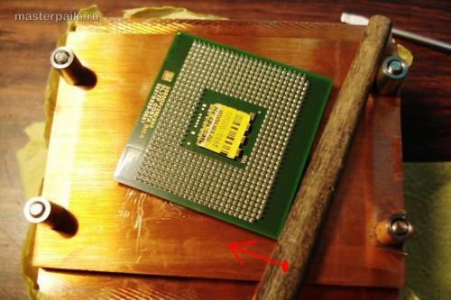отделить процессор от радиатора