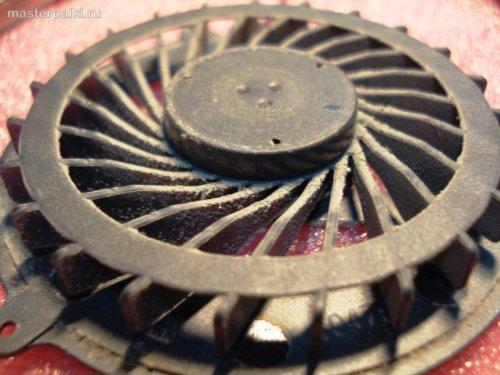 18-чистим вентилятор Acer Aspire 5750G - как разобрать и почистить ноутбук Acer