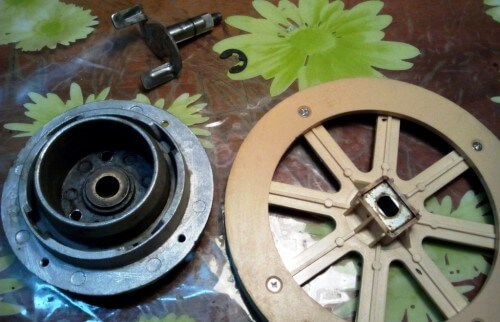 как разобрать ступицу привода лопатки замеса хлебопечки Kenwood BM 450