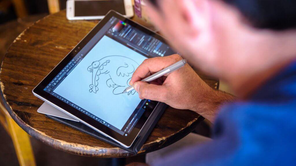 на 6 место попал гаджет от компании майкрософт - планшет surface pro 4
