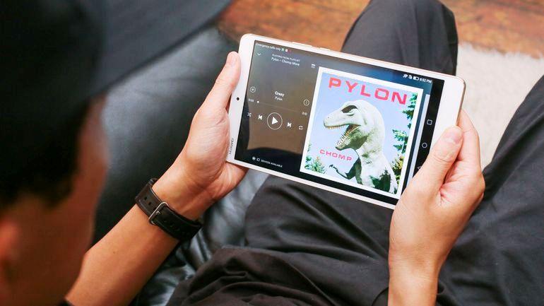 планшет хуавей имеет высокую производительность и хороший экран