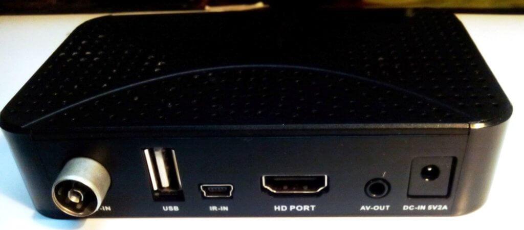 задняя панель ресивера SkyTech 97G DVB T2