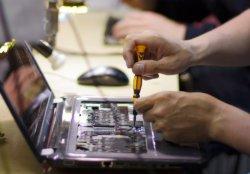 как проводит ремонт ноутбука мастер в сервисе
