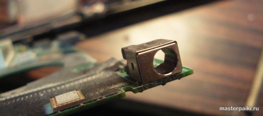 сломанный разъем питания ноутбука Asus X50VL