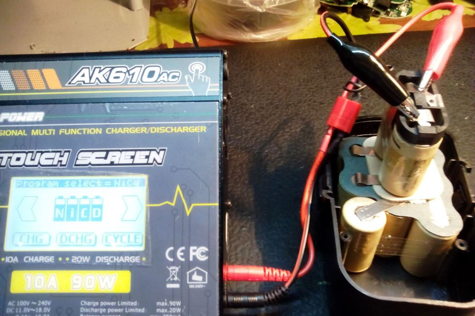 процесс восстановления аккумулятора шуруповерта
