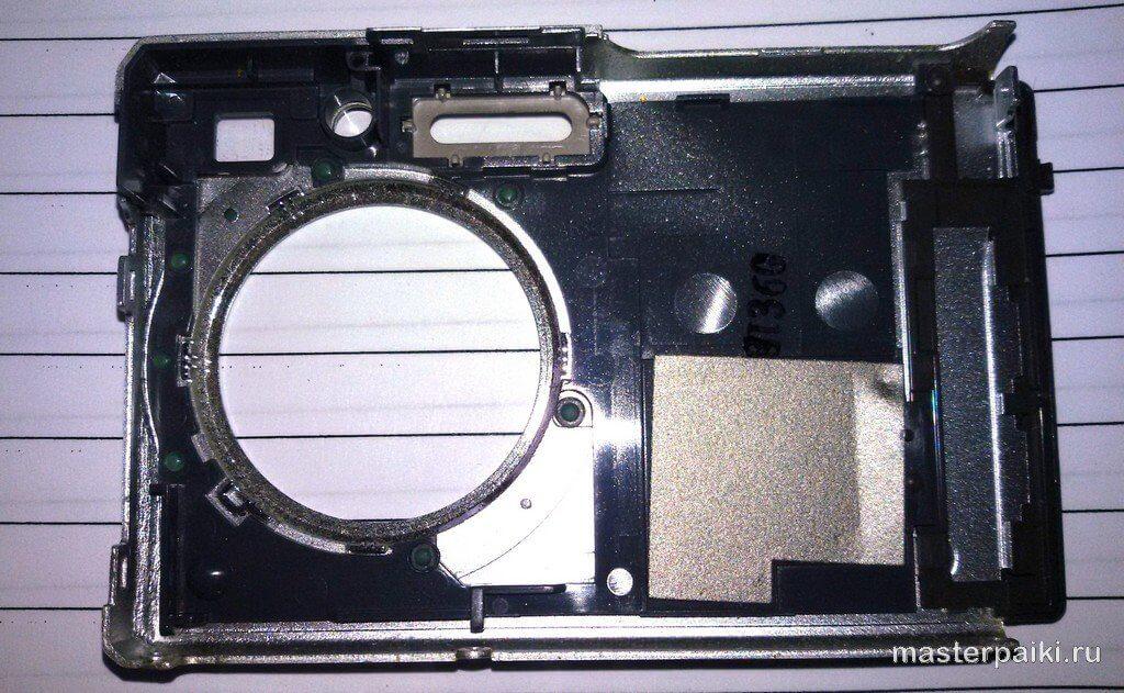 передняя часть корпуса фотоаппарата Sony DSC-W80