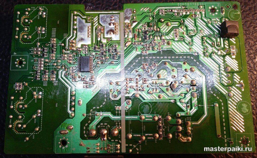 плата питания монитора LG Flatron L1952S снизу